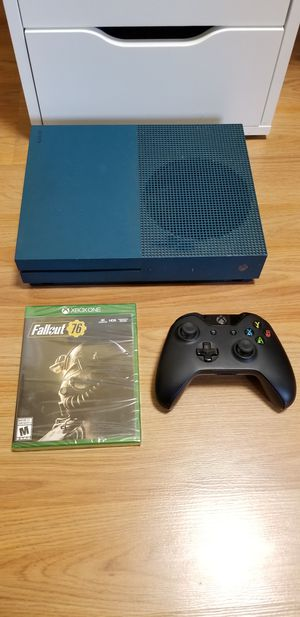 BLUE XBOX ONE S + NEW COPY OF FALLOUT 76, FIRM PRICE, NO TRADE ! GOOD CONDITION, READ DESCRIPTION FOR OPTIONS for Sale in Garden Grove, CA