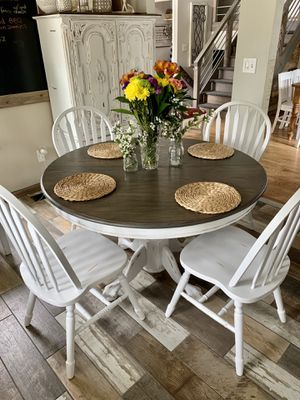 Simple pedestal table and 4 wooden chairs for Sale in Littleton, CO
