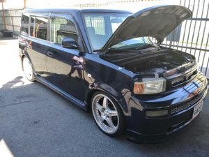 "Scion xB 2004 clean title 18"" rims 210"" speakers 147000 miles tags expire this month trade for mustang gt for Sale in CRYSTAL CITY, CA"