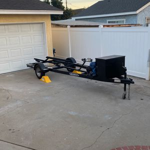 Single jet ski Zieman trailer with utility box almost new. for Sale in Paramount, CA