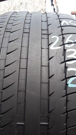 265/35-21 #1 tire for Sale in Alexandria, VA