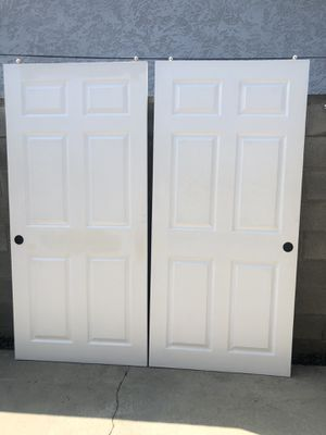 Bypass closet sliding doors for Sale in Pico Rivera, CA