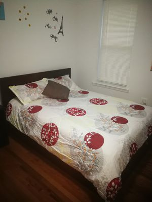 NEGOTIABLE - Bed Frame w/storage space and Mattress (Black wood / Queen size) for Sale in Queens, NY