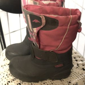 Girls Insulated Snow Boots for Sale in Baldwin Park, CA