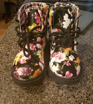 Toddler girl boots for Sale in Wenonah, NJ