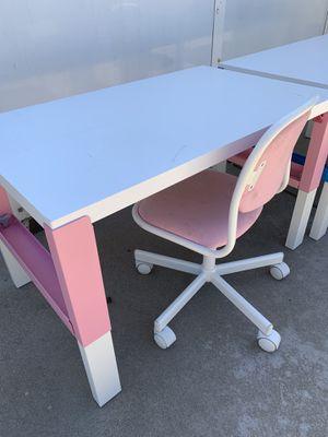 Kids desk for Sale in Alpine, CA