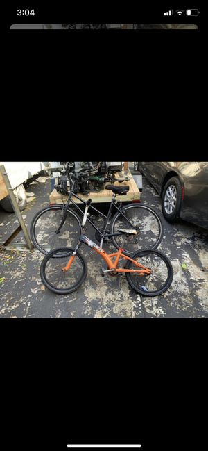 2 bikes for Sale in Hollywood, FL