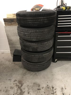Stock Jeep Wrangler wheels and tires (5) for Sale in Tampa, FL