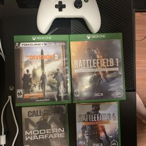 Xbox One Console W/ Controller/ COD MW / Division 2 / BF4 / BF1 for Sale in Ronkonkoma, NY