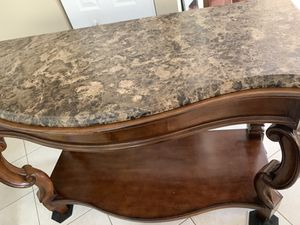 "Console / sofa table 59""x29""x41"" marble top and solid wood for Sale in Pembroke Pines, FL"