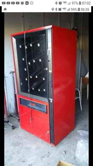 Vending machine for Sale in Orange Park, FL
