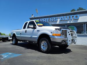 1999 Ford F-250 Super Duty XLT 4dr 4wWD LOW MILES for Sale in Auburn, CA