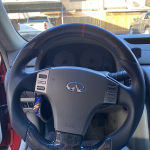 Infiniti G35 Carbon Fiber Steering wheel for Sale in Gilroy, CA
