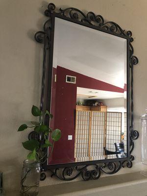 Beautiful Elegant Mirror for Sale in Fontana, CA