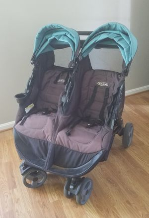 Graco Side by Side Double Stroller for Sale in Leesburg, VA