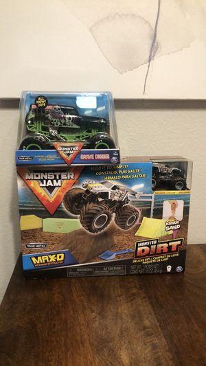 Monster Jam 1:64 Monster Trucks - Max D Monster Dirt Deluxe Set 16oz Dirt Monster Jam Grave Digger Monster Truck 1:24 Scale Die-Cast Vehicle - NEW 2 for Sale in Chula Vista, CA