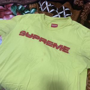 SUPREME SHIRT! SIZE LARGE! for Sale in Dallas, TX