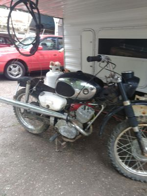68 Suzuki motorcycle , for Sale in Port Orchard, WA