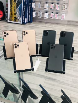 iPhone 11 Pro Max Fully Unlocked 64GB For Only $849 CASH!! for Sale in Sanford,  FL