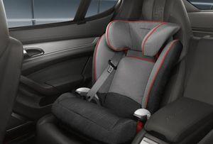 Car Seat Porsche for child 40 - 76 lb for Sale in Miami, FL