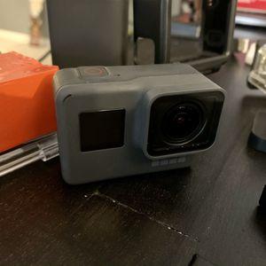 GoPro Hero 5 black 4k/60fps And 2.7k At 60fps And More for Sale in Barnegat Township, NJ