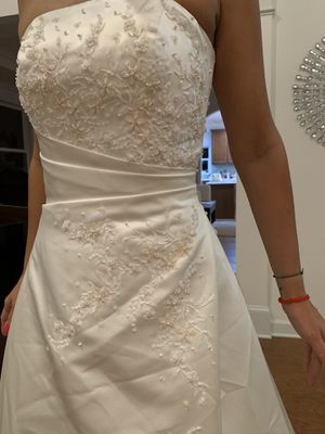 Wedding Dress for Sale in Chapel Hill, NC
