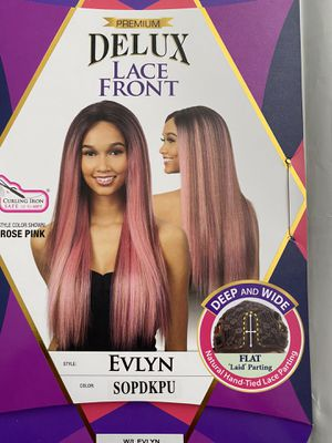 Freetress Delux Lacefront Wig Evlyn SOPDKPU for Sale in Modesto, CA