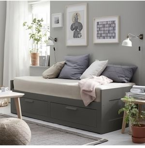 Ikea extendable day bed for Sale in Las Vegas, NV