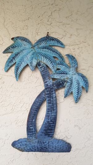 Metal palm tree wall hanger for Sale in Port St. Lucie, FL