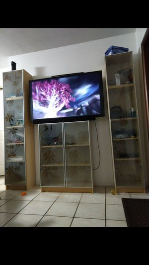 TV stand for Sale in Medley, FL