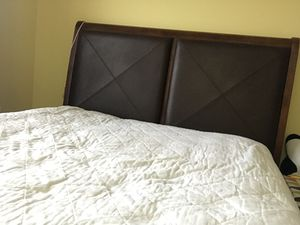 Queen bed for Sale in Aurora, IL
