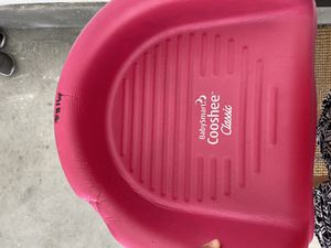 Cooshee booster seat for Sale in Newport Beach, CA