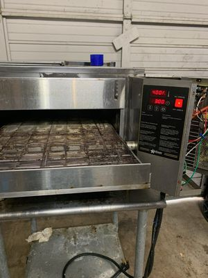Star UltraMax UM1850A-208V Electric Conveyor Pizza Oven & Cart for Sale in Greenville, SC