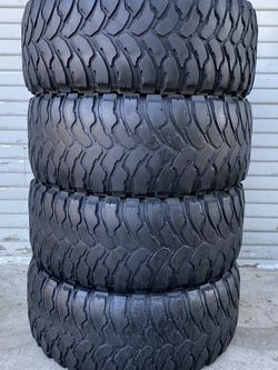Set of 4 33/12.50/20 híñelo for Sale in Bakersfield,  CA