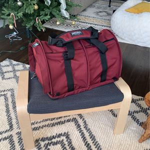 Sturdi products Burgundy Pet Carrier for Sale in Queens, NY