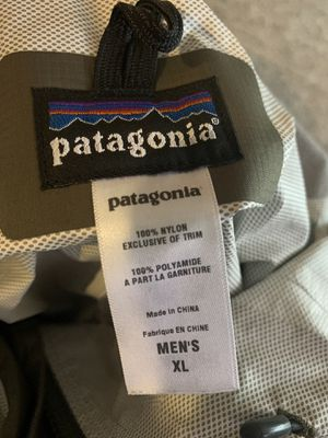 Brand new Patagonia raincoat/windbreaker XL jacket Retails for $129 will sell for $50! for Sale in Reading, MA