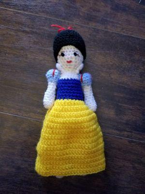 Snow white doll Disney for Sale in Corona, CA
