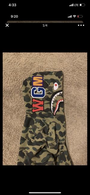 Bape hoodie Sz L for Sale in Fountain Valley, CA