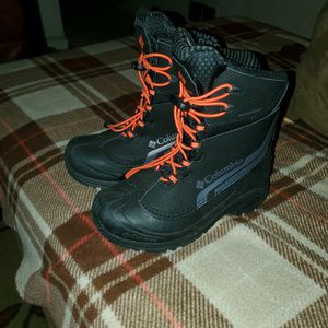 Kids Columbia Snow Boots for Sale in Fort Washington, MD