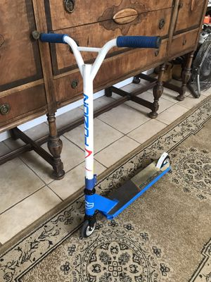 Fuzion Pro scooter in excellent riding condition for Sale in Modesto, CA