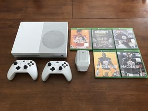 XBOX 1S, 2 Controllers, Charger, 5 Games and Chords are all included for Sale in Bakersfield, CA