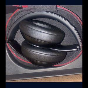 Studio 3 Wireless Beats for Sale in Los Angeles, CA