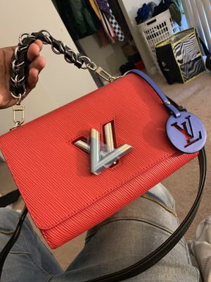 Louis Vuitton Purse (BRAND NEW) PRICE NEGOTIABLE for Sale in TEMPLE TERR, FL