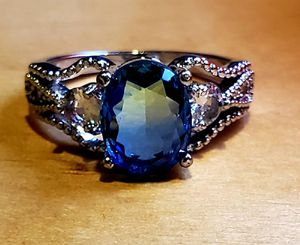 Bi-color Tourmaline Ring...2 Carat Natural Gemstone for Sale in Painesville, OH