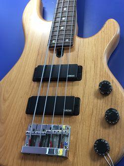 Yamaha Bass for Sale in Brandon,  FL