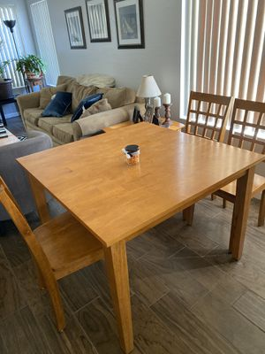Kitchen table with 3 window back chairs for Sale in Mesa, AZ