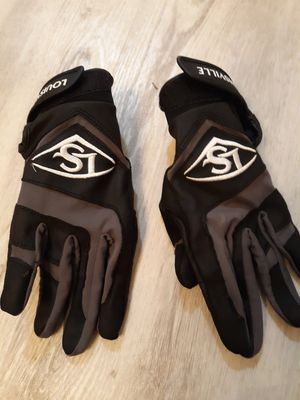 Louisville Slugger baseball gloves youth Lg for Sale in Raleigh, NC