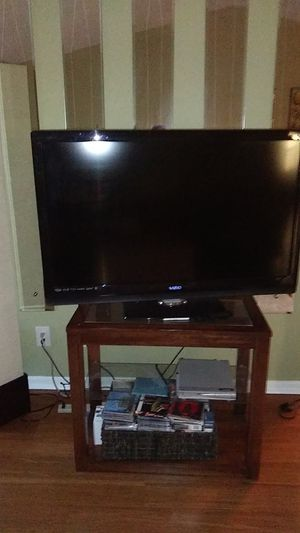 Tv and stand for Sale in Seminole, FL