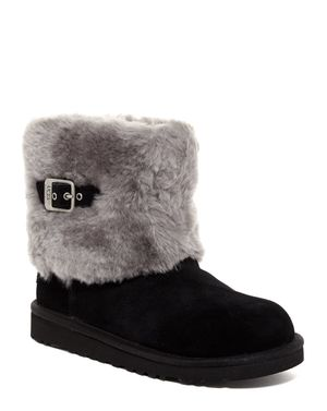 Girls UGG Sheepskin boots paid $158 size 3 Black Boots Pull On Boots Good condition! Normal wear. Super cute boots! for Sale in DC, US