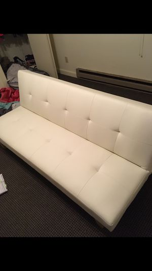 White leather futon for Sale in Greenville, OH